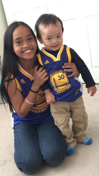 <div class='meta'><div class='origin-logo' data-origin='none'></div><span class='caption-text' data-credit='Photo by Ferdinand Garcia/Facebook'>Young Warriors fans smile in a photo shared on Thursday, June 8, 2017.</span></div>