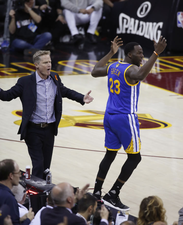 "<div class=""meta image-caption""><div class=""origin-logo origin-image none""><span>none</span></div><span class=""caption-text"">Warriors coach Steve Kerr and Draymond Green (23) react to a foul call during the first half of Game 4 in the NBA Finals against the Cavs in Cleveland, Friday, June 9, 2017. (AP Photo/Ron Schwane)</span></div>"