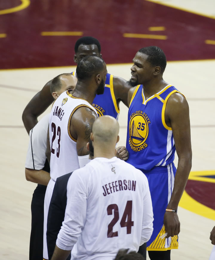 "<div class=""meta image-caption""><div class=""origin-logo origin-image none""><span>none</span></div><span class=""caption-text"">Warriors forward Kevin Durant (35) argues with Cavaliers forward LeBron James (23) in the second half of Game 4 of basketball's NBA Finals in Cleveland on June 9, 2017. (AP Photo/Ron Schwane)</span></div>"