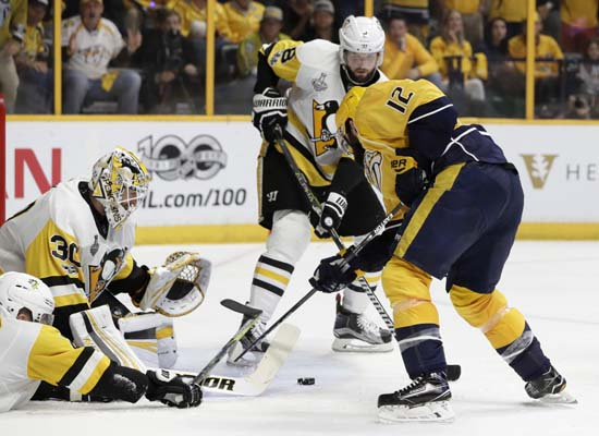 "<div class=""meta image-caption""><div class=""origin-logo origin-image ap""><span>AP</span></div><span class=""caption-text"">Pittsburgh Penguins goalie Matt Murray (30) blocks a shot by Nashville Predators' Mike Fisher (12) during the third period of Game 6. (AP Photo/Mark Humphrey) (AP)</span></div>"