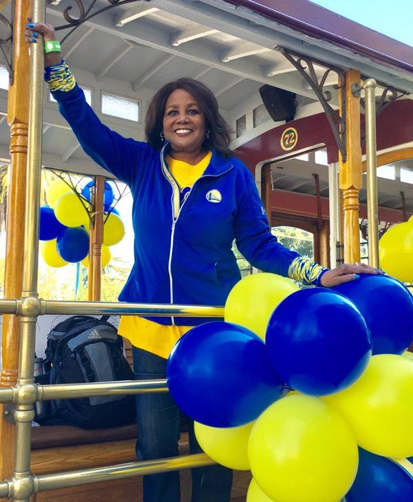 """<div class=""""meta image-caption""""><div class=""""origin-logo origin-image none""""><span>none</span></div><span class=""""caption-text"""">ABC7 News' Carolyn Tyler shows off her Dubs pride at the Warriors parade in Oakland, Calif. on Thursday, June 15, 2017. (KGO-TV)</span></div>"""