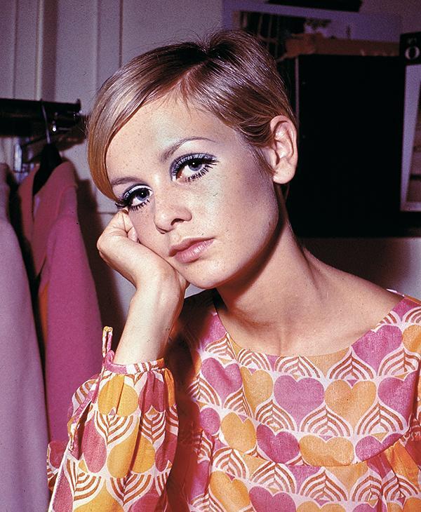 <div class='meta'><div class='origin-logo' data-origin='AP'></div><span class='caption-text' data-credit=''>Fashion model Twiggy is shown in her short haircut in London, England, 1967.</span></div>