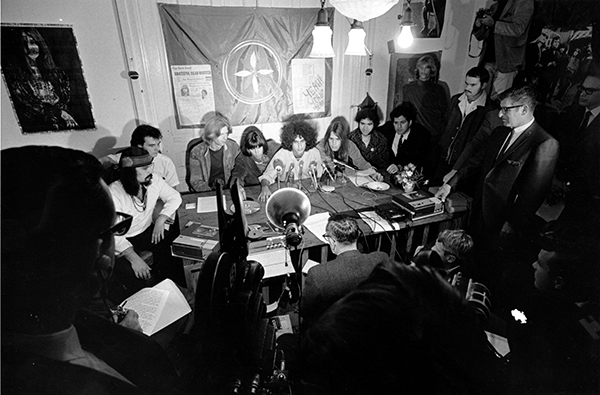 <div class='meta'><div class='origin-logo' data-origin='AP'></div><span class='caption-text' data-credit='AP Photo'>Members of the folk rock group Grateful Dead talk with reporters in their home in San Francisco, Calif., on Oct. 5, 1967.</span></div>