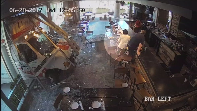 Driver In Custody After U Haul Hits Restaurant In Nolibs Video