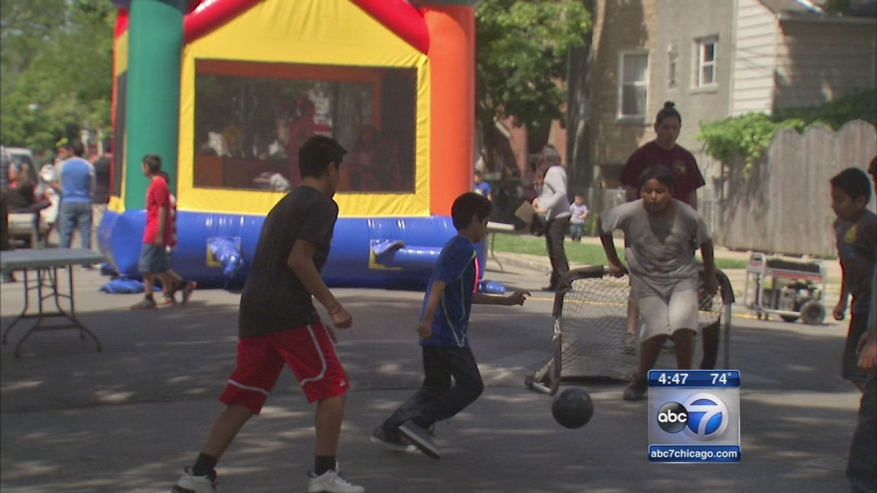 Chicago kids take back the streets on PlayStreets Day