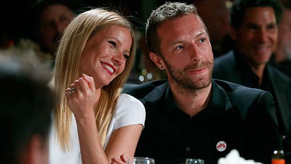 <div class='meta'><div class='origin-logo' data-origin='AP'></div><span class='caption-text' data-credit=''>]Gwyneth Paltrow and Chris Martin</span></div>