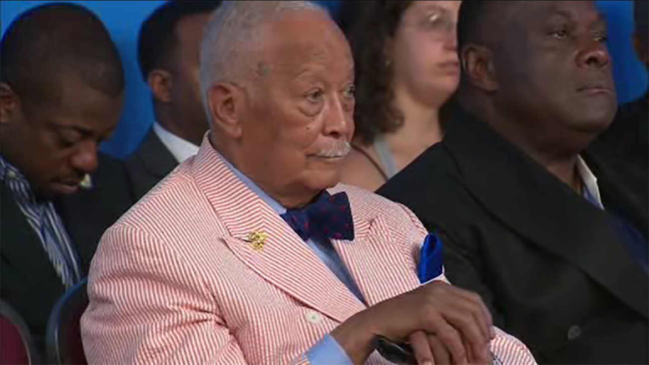 birthday bash held for former new york city mayor david dinkins as