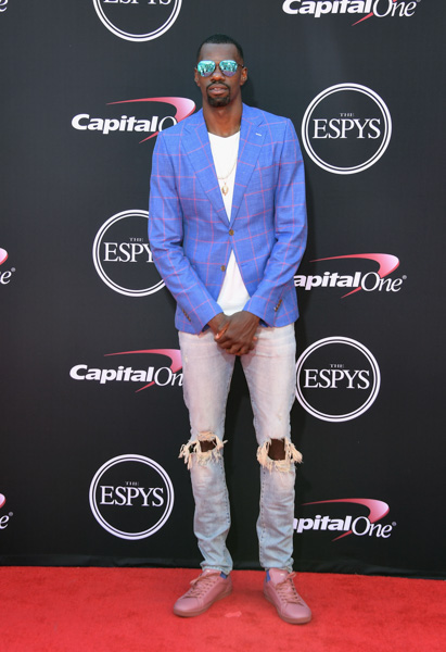<div class='meta'><div class='origin-logo' data-origin='none'></div><span class='caption-text' data-credit='Matt Winkelmeyer/Getty Images'>NBA player Dewayne Dedmon attends The 2017 ESPYS at Microsoft Theater on July 12, 2017 in Los Angeles, California.</span></div>