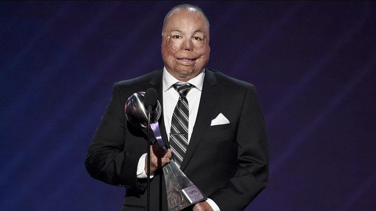 Israel Del Toro Jr. accepts the Pat Tillman award for service at the ESPYS.