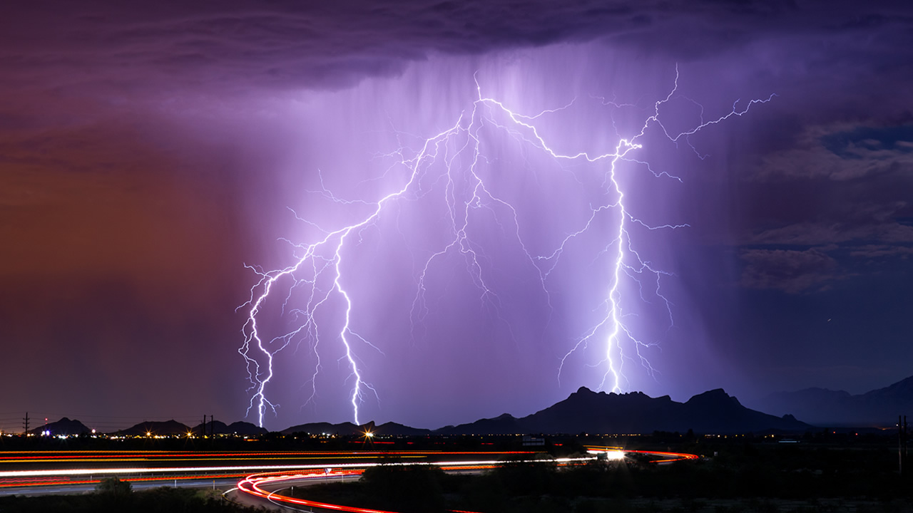 tips how to stay safe when thunder and lightning strike