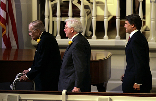 <div class='meta'><div class='origin-logo' data-origin='AP'></div><span class='caption-text' data-credit='AP Photo/Pat Sullivan'>Former Texas governors Dolph Brisco, left, Mark White and present Gov. Rick Perry, right, leave the memorial service for Lloyd Bentsen Tuesday, May 30, 2006 in Houston.</span></div>