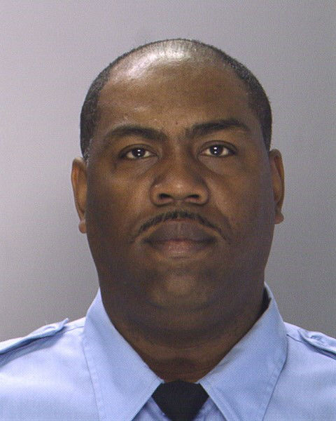 """<div class=""""meta image-caption""""><div class=""""origin-logo origin-image """"><span></span></div><span class=""""caption-text"""">Pictured: Linwood Norman, 46 years old. He is a 24 year veteran of the force with 16 years in Narcotics</span></div>"""