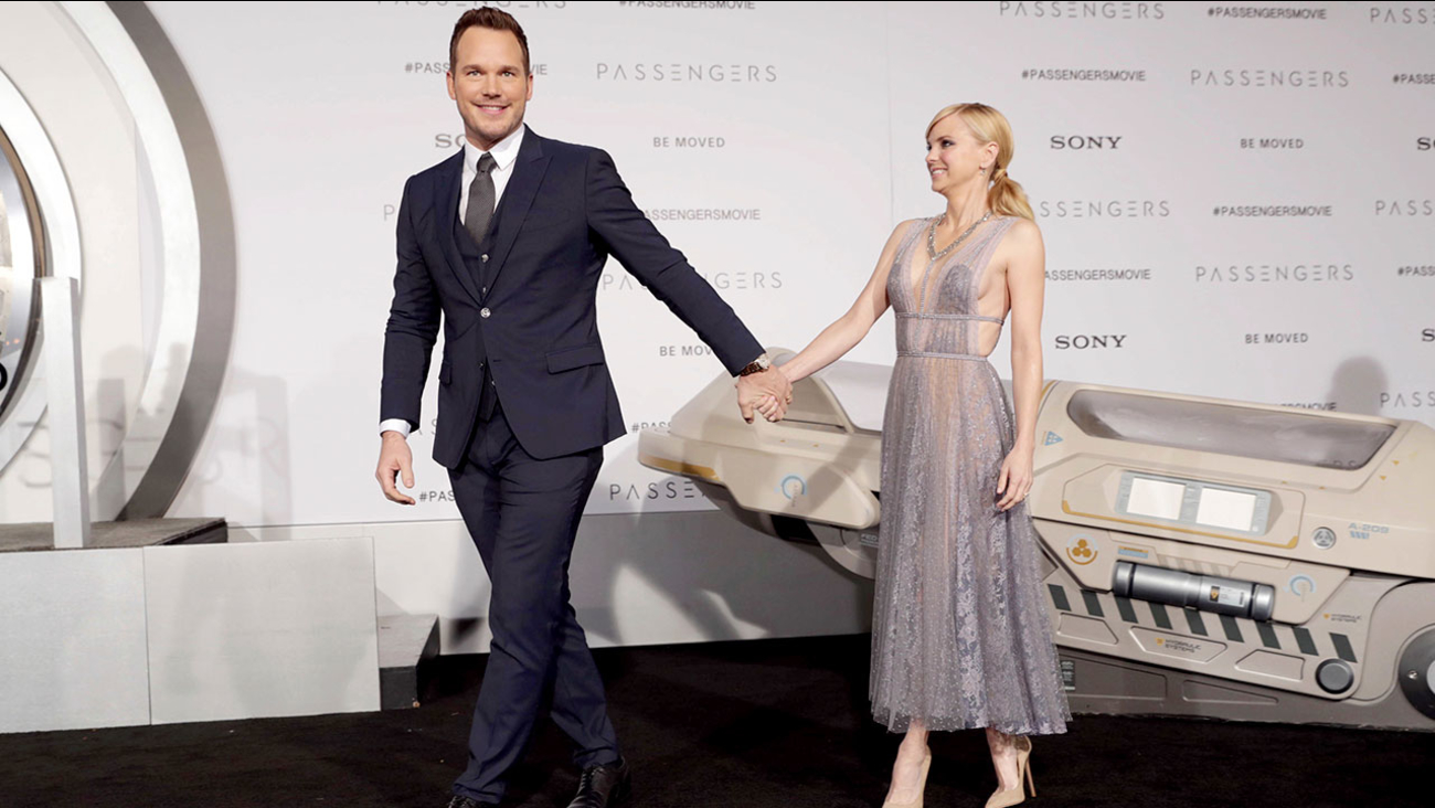 Chris Pratt and Anna Faris arrive at a movie premiere in Los Angeles on Dec. 14, 2016.