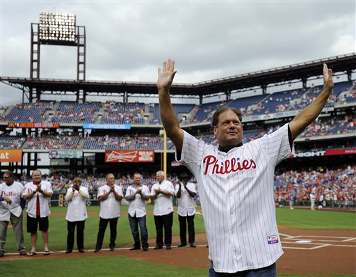<div class='meta'><div class='origin-logo' data-origin='AP'></div><span class='caption-text' data-credit='AP'>Former Philadelphia Phillies catcher Darren Daulton walks to the field during the Phillies alumni ceremonies on Friday, Aug. 2, 2013, in Philadelphia.  (AP Photo/Michel Perez)</span></div>