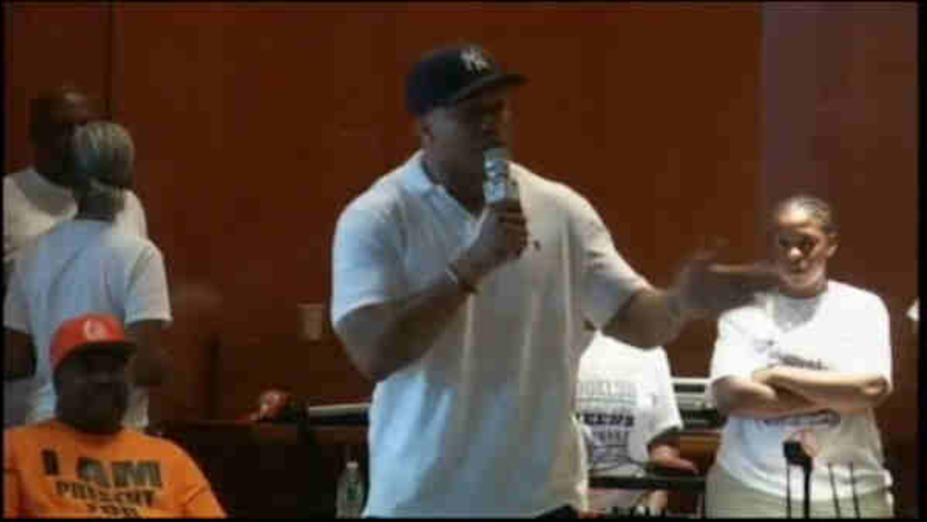 Russell Simmons, LL Cool J visit youth at Rikers Island jail