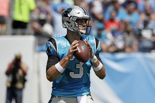 "<div class=""meta image-caption""><div class=""origin-logo origin-image ap""><span>AP</span></div><span class=""caption-text"">Panthers quarterback Derek Anderson passes against the Tennessee Titans on Saturday. (Mark Zaleski)</span></div>"