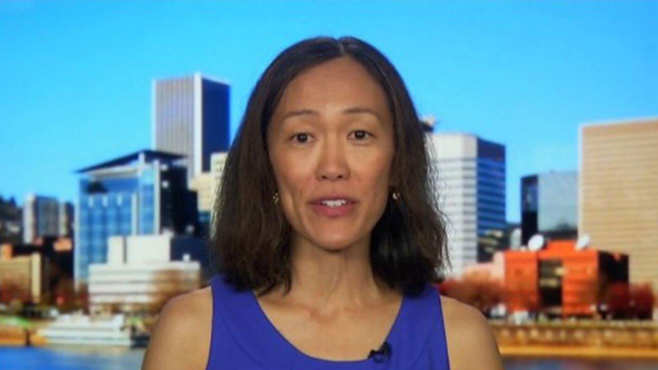 Dr. Esther Choo
