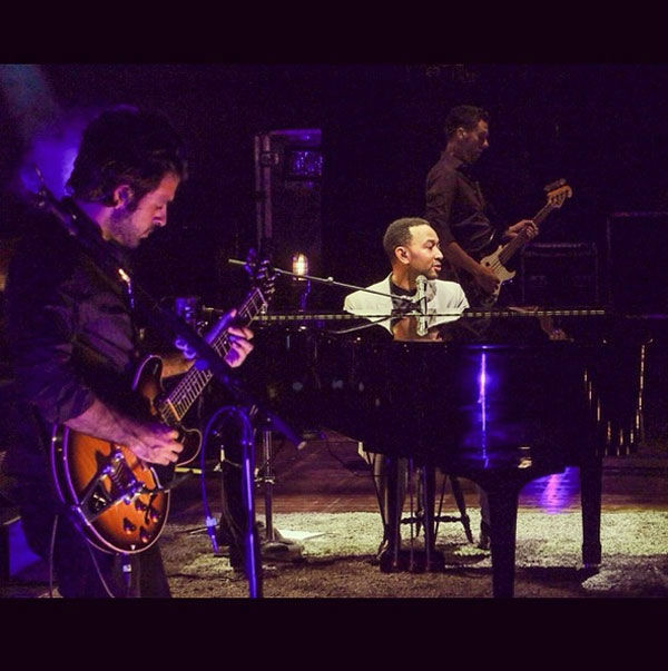 """<div class=""""meta image-caption""""><div class=""""origin-logo origin-image """"><span></span></div><span class=""""caption-text"""">John Legend performs at the Mann Music Center of the Performing Arts on Saturday, August, 2, 2014. (Ron Stephens II/ Instagram)</span></div>"""