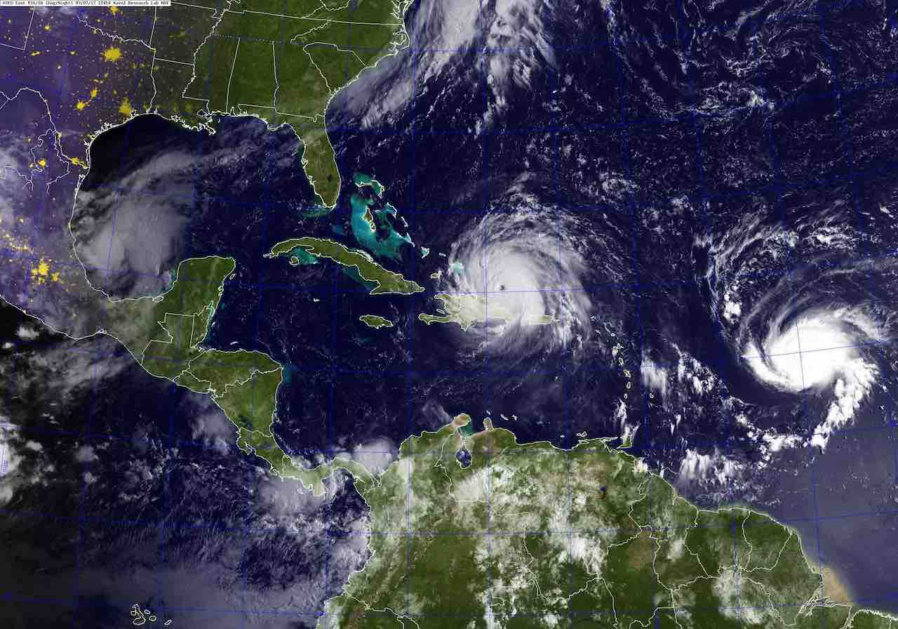 <div class='meta'><div class='origin-logo' data-origin='Creative Content'></div><span class='caption-text' data-credit='US Navy'>Navy releases satellite image over Florida, Caribbean</span></div>