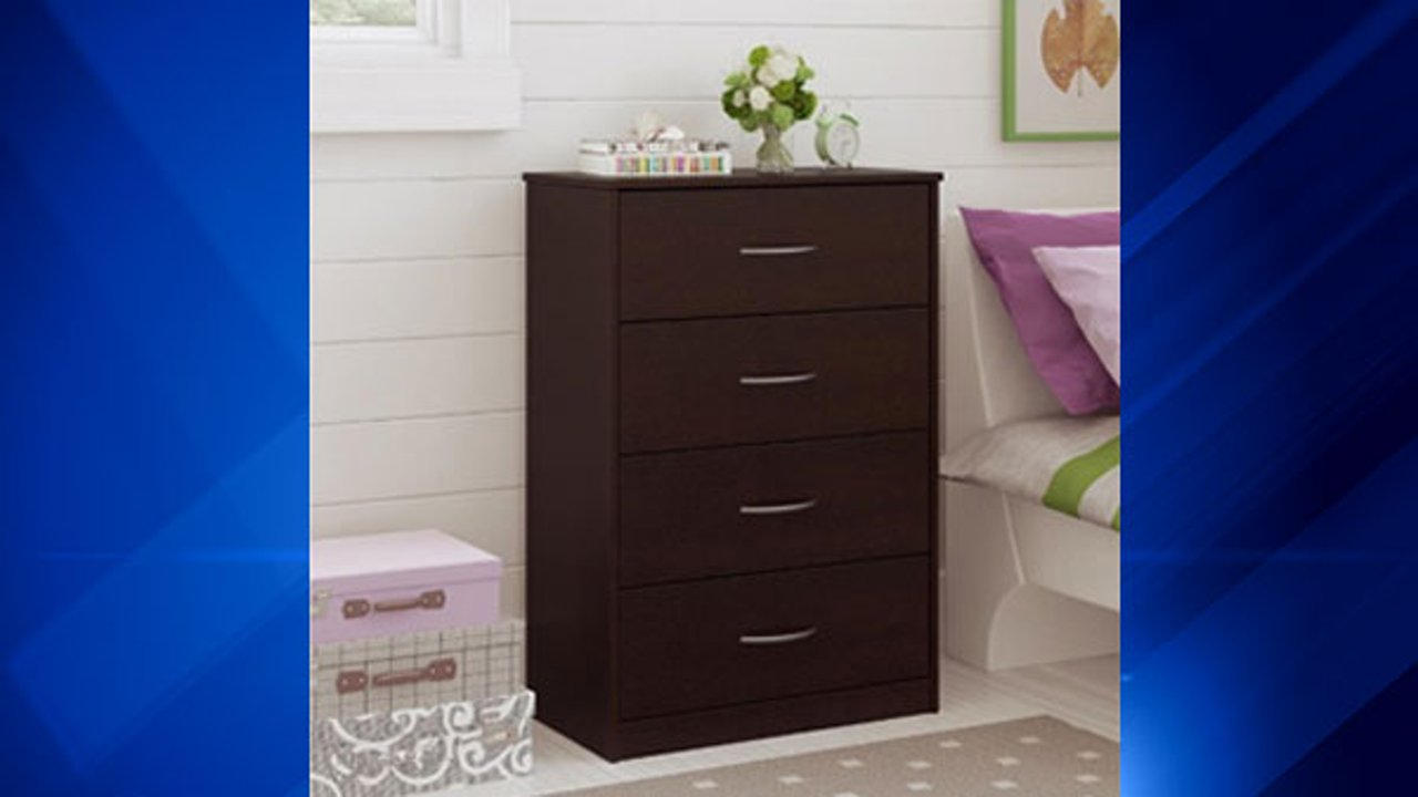 Ameriwood Home Recalls Chest Of Drawers For Tip Over Hazard |  Abc7chicago.com