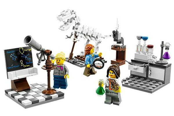 "<div class=""meta image-caption""><div class=""origin-logo origin-image ""><span></span></div><span class=""caption-text"">The whole Research Institute set can be bought for $20...but right now they're sold out. (Photo/LEGO)</span></div>"