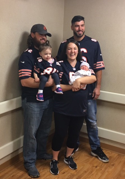 "<div class=""meta image-caption""><div class=""origin-logo origin-image none""><span>none</span></div><span class=""caption-text"">Chicago Bears tight end Zach Miller paid a surprise visit to the Advocate Condell Medical Center in Libertyville Tuesday morning.</span></div>"