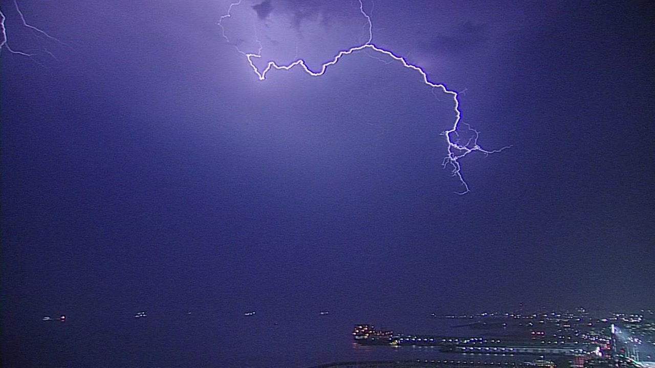 more thunder lightning expected in bay area tonight