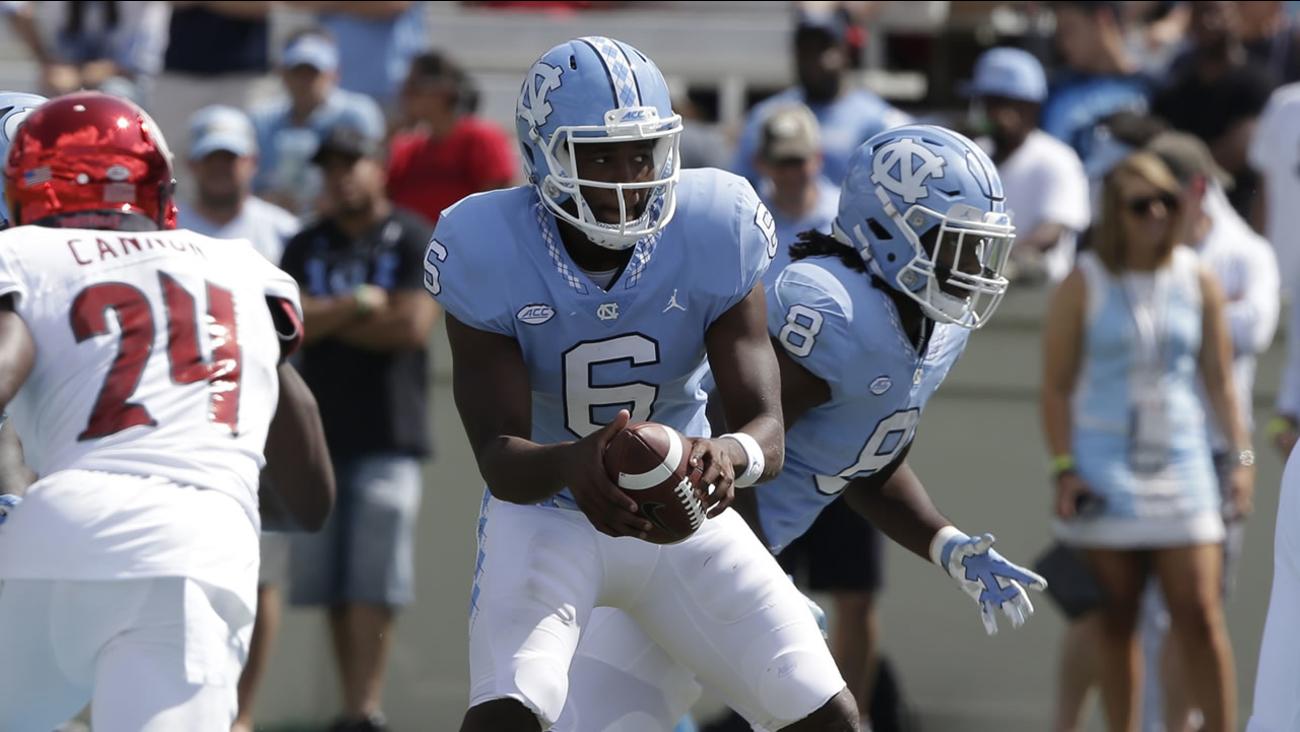 North Carolina quarterback Brandon Harris (AP photo/Gerry Broome)