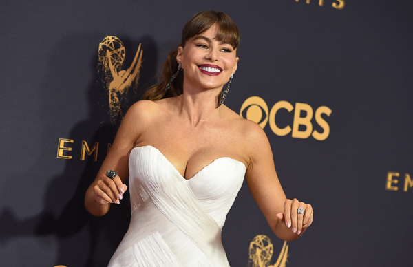"<div class=""meta image-caption""><div class=""origin-logo origin-image wpvi""><span>wpvi</span></div><span class=""caption-text"">Sofia Vergara arrives at the 69th Primetime Emmy Awards. (Jordan Strauss/Invision/AP)</span></div>"