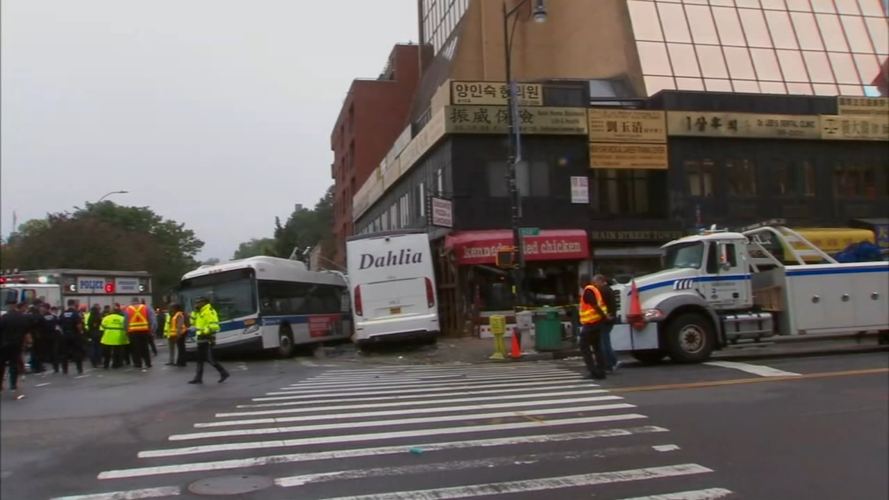 VIDEO: Queens bus crash caught on camera