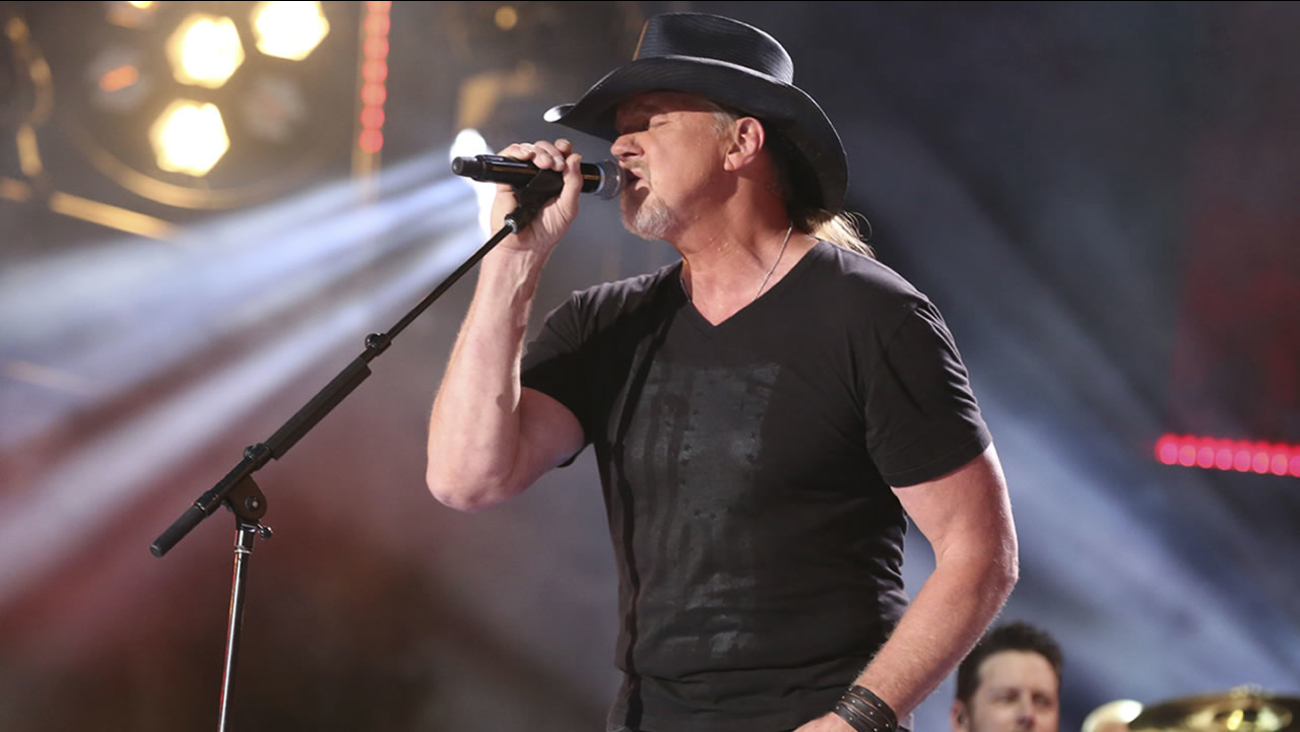 Artist Trace Adkins performs at the 2017 CMA Music Festival at Nissan Stadium on Friday, June 9, 2017 in Nashville, Tenn. (Photo by Laura Roberts/Invision/AP)