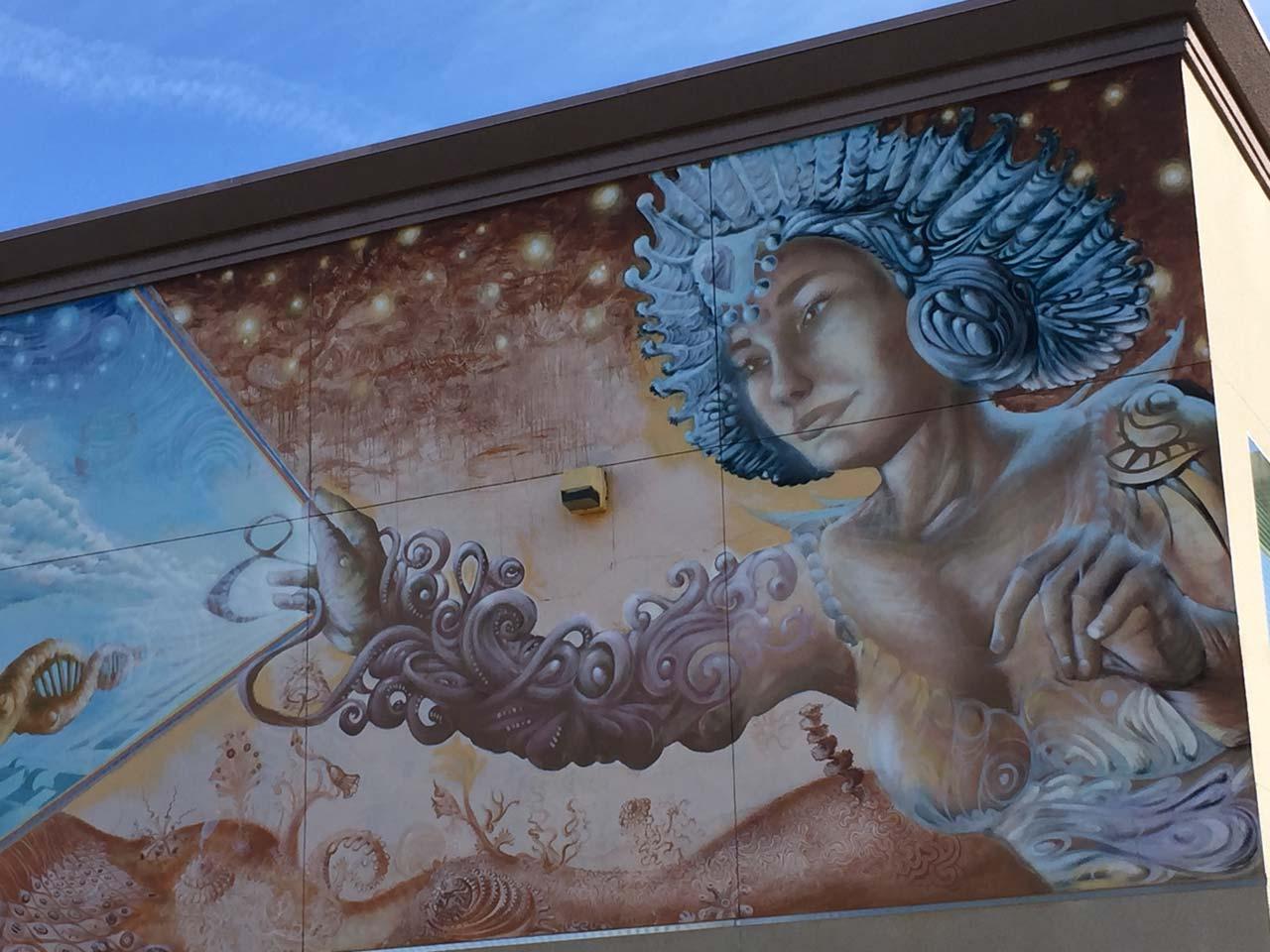 "<div class=""meta image-caption""><div class=""origin-logo origin-image kfsn""><span>KFSN</span></div><span class=""caption-text"">Sunnyside High School photography students tour the Mural District in Downtown Fresno (Amanda Venegas)</span></div>"