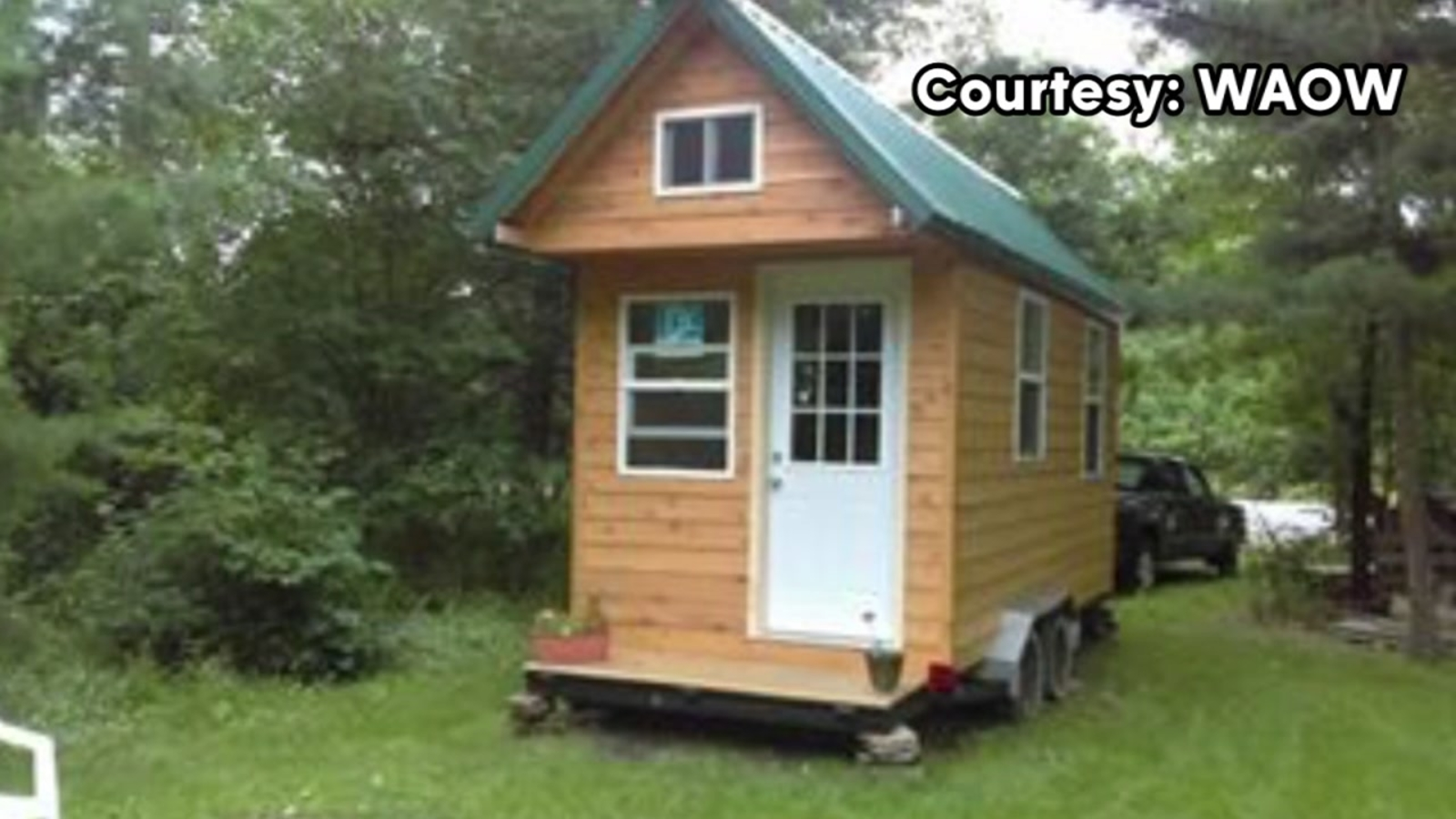 Home-builder In Wisconsin Builds Tiny House For Harvey