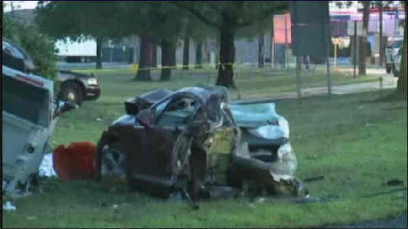 Violent crash kills teenager in Jersey City | abc7ny com