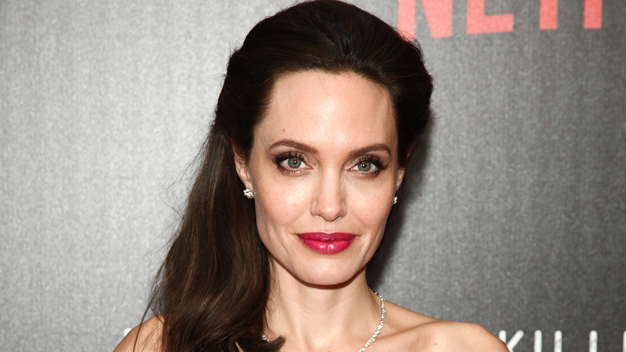 Angelina Jolie News: Report: Angelina Jolie Willing To Act As Bait To Catch