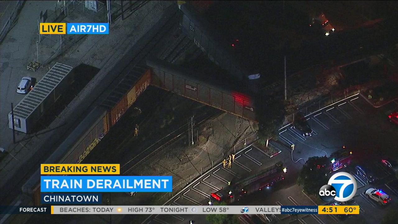 Train derailment   abc7 com