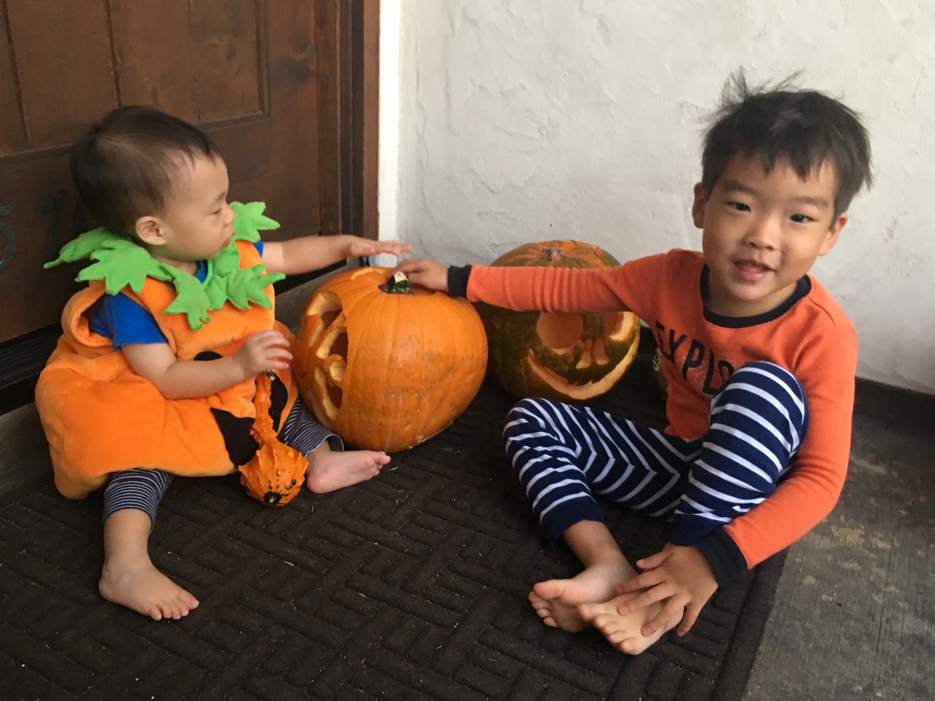 <div class='meta'><div class='origin-logo' data-origin='KTRK'></div><span class='caption-text' data-credit=''>ABC13's Miya Shay and her kiddos with their pumpkin carving creations</span></div>