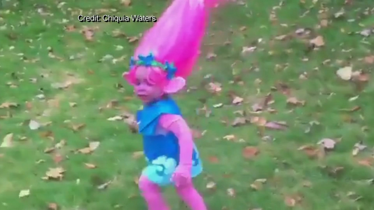 Momu0027s homemade troll costume catches attention of Hollywood star | 6abc.com & Momu0027s homemade troll costume catches attention of Hollywood star ...