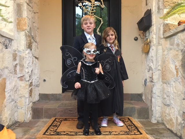 "<div class=""meta image-caption""><div class=""origin-logo origin-image none""><span>none</span></div><span class=""caption-text"">Reporter Jessica Willey's kids look so dashing and dapper in their Halloween costumes!</span></div>"