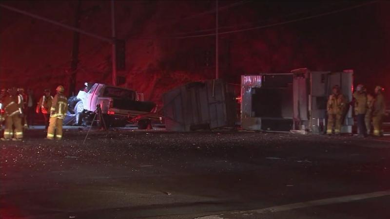 1 killed, 3 others injured in Santa Clarita multi-car crash