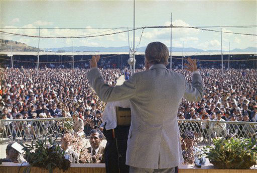 "<div class=""meta image-caption""><div class=""origin-logo origin-image ap""><span>AP</span></div><span class=""caption-text"">American evangelist Billy Graham shown speaking Nov. 2, 1971 in London, England.</span></div>"