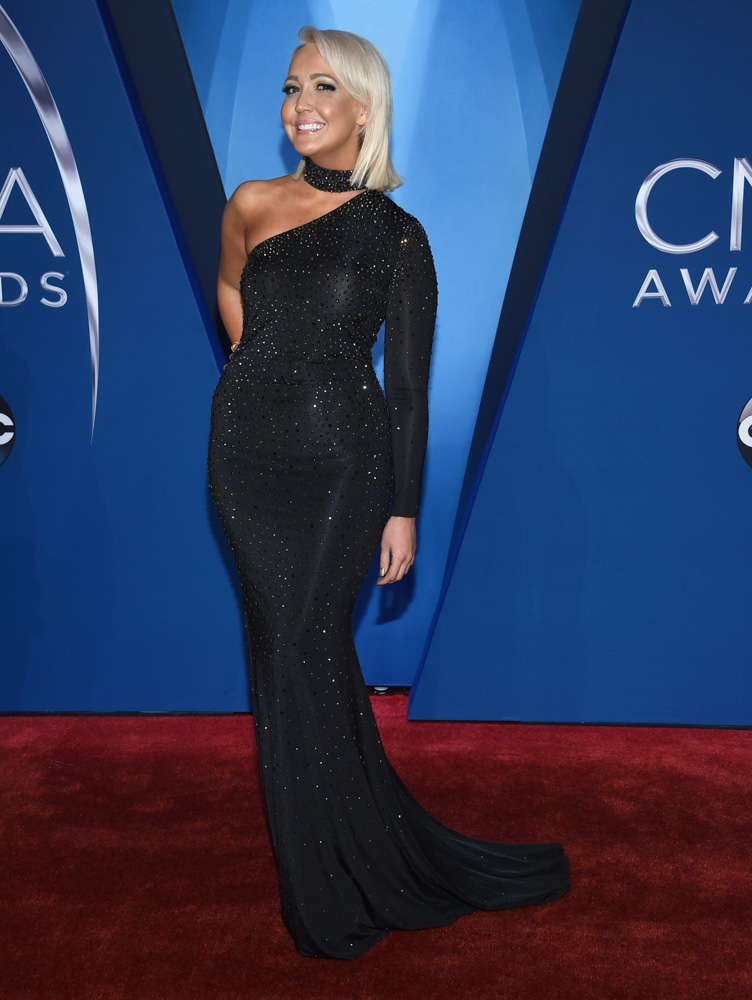 "<div class=""meta image-caption""><div class=""origin-logo origin-image none""><span>none</span></div><span class=""caption-text"">Meghan Linsey arrives at the 51st annual CMA Awards on Wednesday, Nov. 8, 2017, in Nashville, Tenn. (Evan Agostini/Invision/AP)</span></div>"