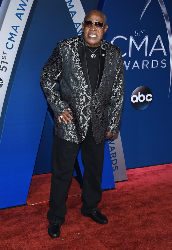 "<div class=""meta image-caption""><div class=""origin-logo origin-image none""><span>none</span></div><span class=""caption-text"">Sam Moore arrives at the 51st annual CMA Awards on Wednesday, Nov. 8, 2017, in Nashville, Tenn. (Evan Agostini/Invision/AP)</span></div>"