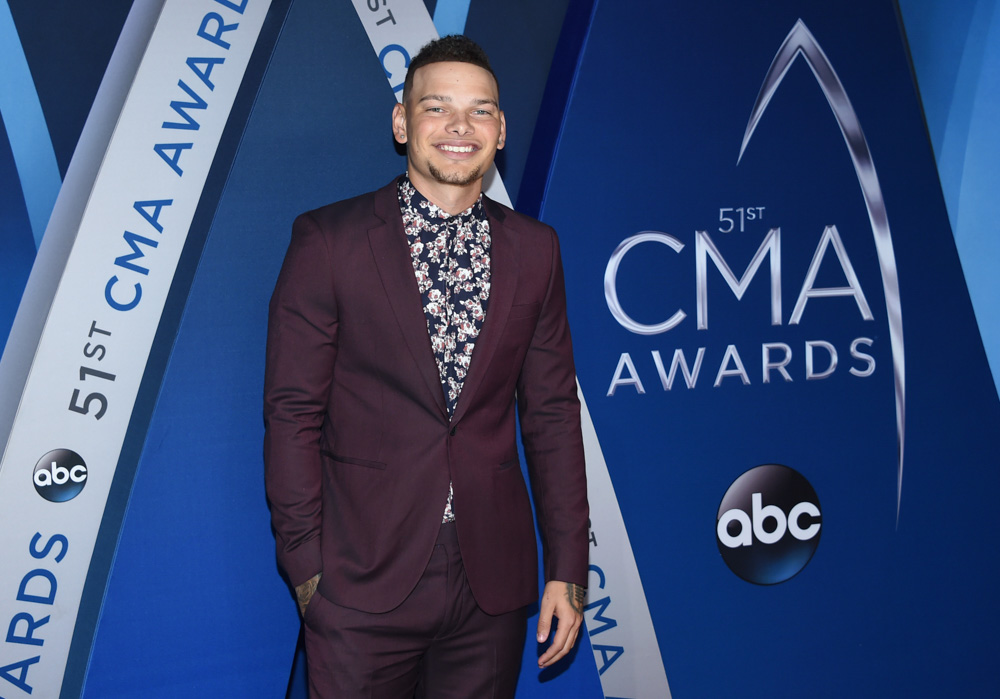 "<div class=""meta image-caption""><div class=""origin-logo origin-image none""><span>none</span></div><span class=""caption-text"">Kane Brown arrives at the 51st annual CMA Awards on Wednesday, Nov. 8, 2017, in Nashville, Tenn. (Evan Agostini/Invision/AP)</span></div>"
