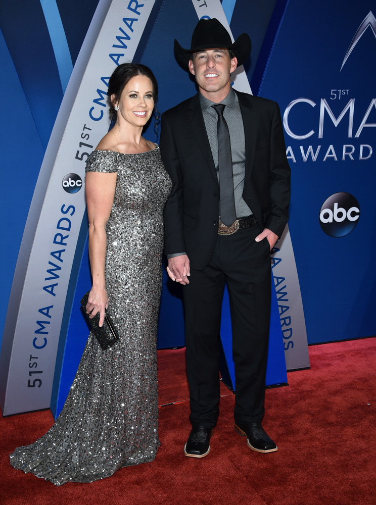 "<div class=""meta image-caption""><div class=""origin-logo origin-image none""><span>none</span></div><span class=""caption-text"">Kimberly Watson, left, and Aaron Watson arrive at the 51st annual CMA Awards on Wednesday, Nov. 8, 2017, in Nashville, Tenn. (Evan Agostini/Invision/AP)</span></div>"