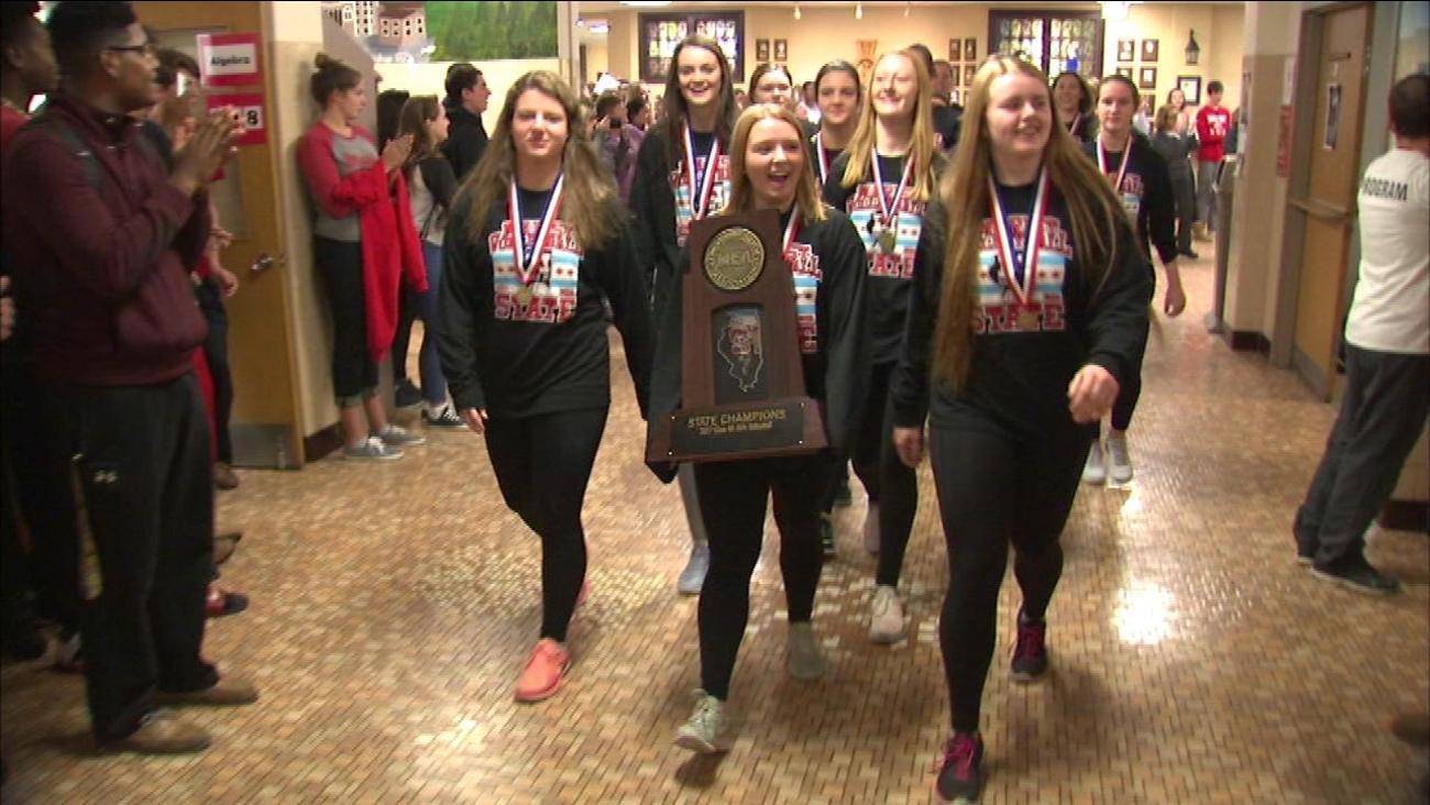 Chicago's Marist HS wins girls volleyball state championship