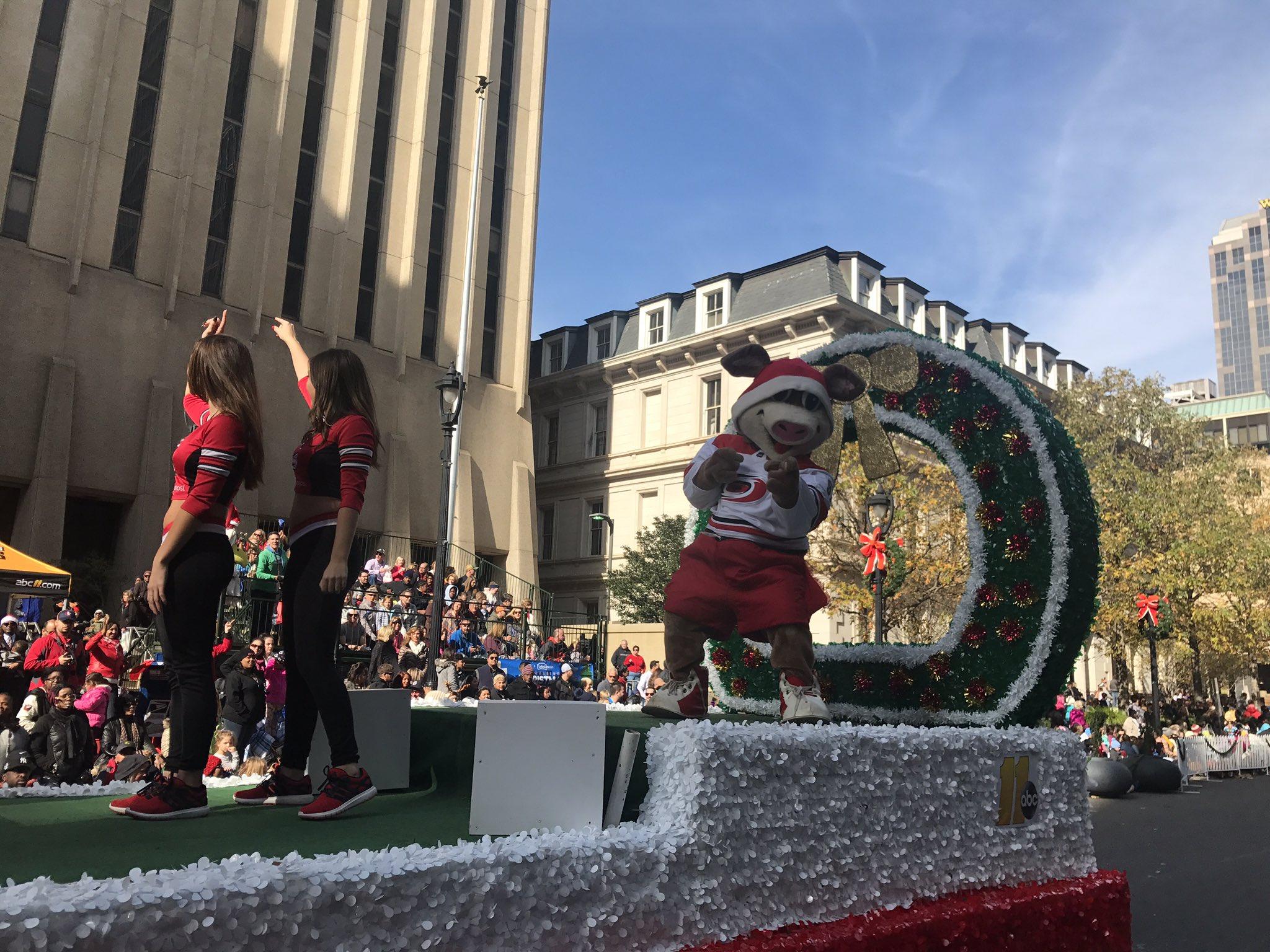 Christmas Craigslist 2020 2020 Christmas Parade Fayetteville Nc Craigslist | Aqzaes