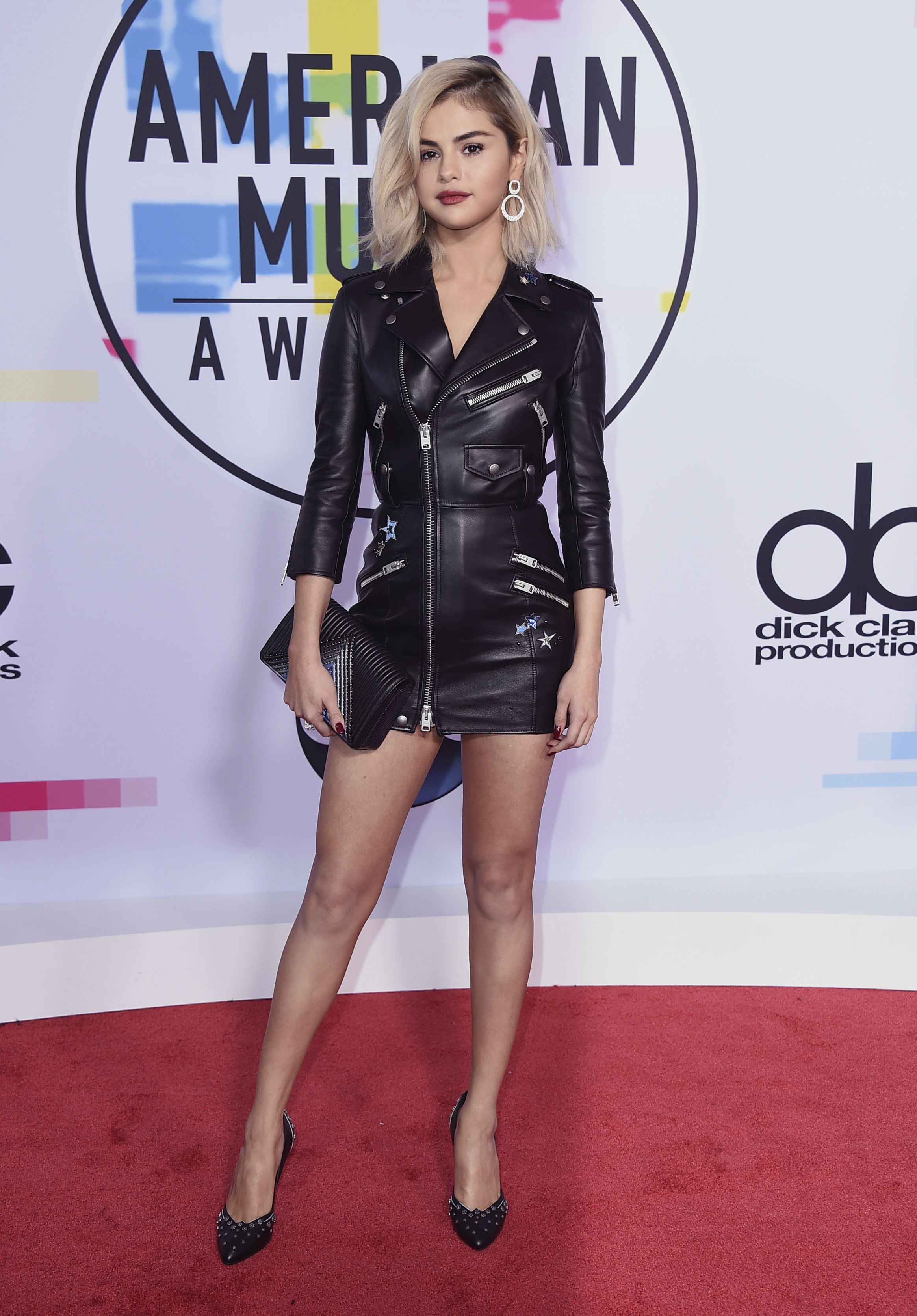 <div class='meta'><div class='origin-logo' data-origin='none'></div><span class='caption-text' data-credit='Jordan Strauss/Invision/AP'>Selena Gomez arrives at the American Music Awards at the Microsoft Theater on Sunday, Nov. 19, 2017, in Los Angeles.</span></div>