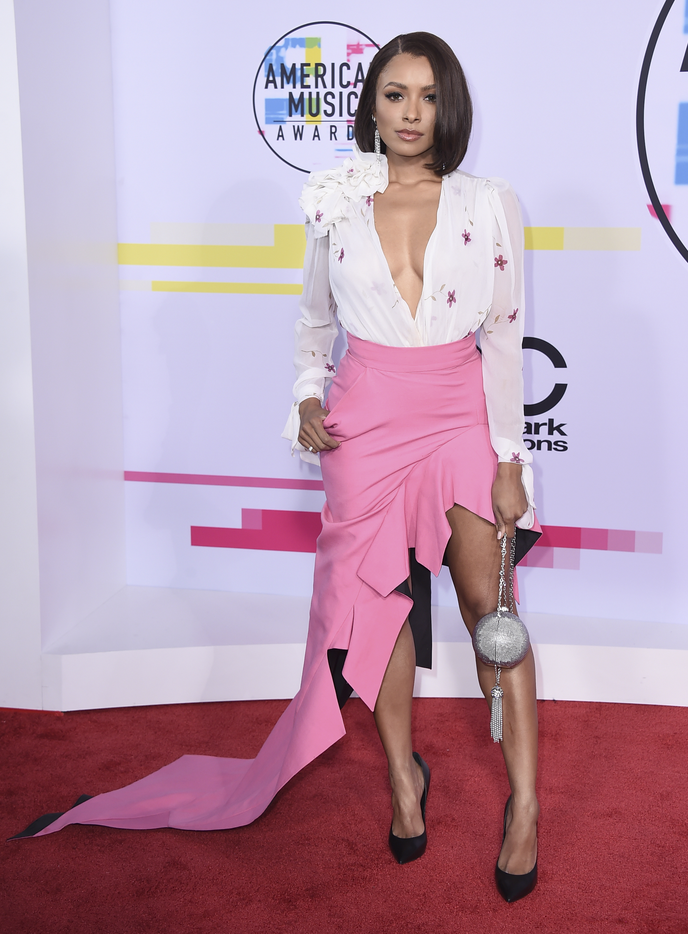 <div class='meta'><div class='origin-logo' data-origin='none'></div><span class='caption-text' data-credit='Jordan Strauss/Invision/AP'>Kat Graham arrives at the American Music Awards at the Microsoft Theater on Sunday, Nov. 19, 2017, in Los Angeles.</span></div>