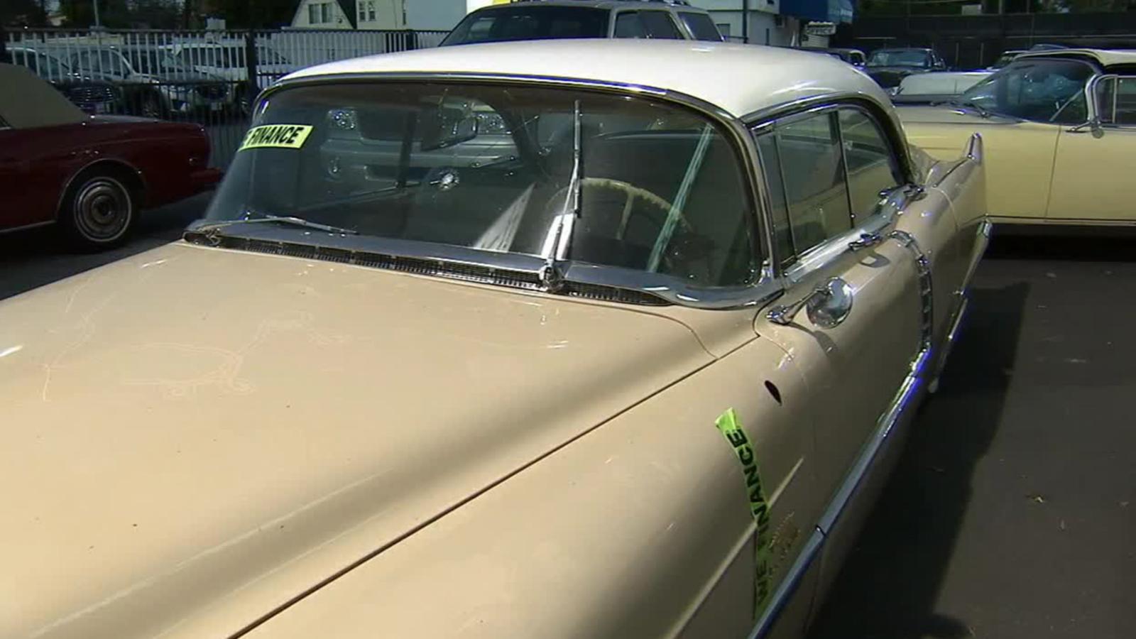 Cadillac dealership in West Hollywood vandalized - ABC7 ...
